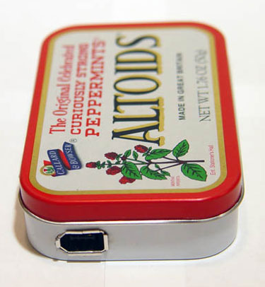 ipod charger altoids